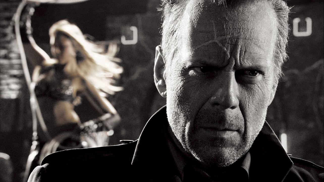 CINEMA CLASSICS #7: Sin City (2005)